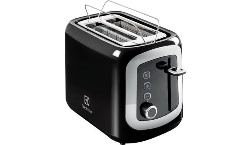 Torradeira Electrolux Love Your Day TOM10